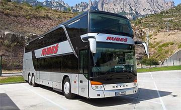 Zájezdový autobus CK RUBEŠ.